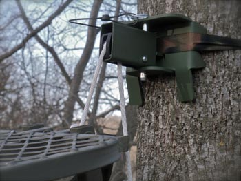 Portable Tree Stand Hanger by OakSturdy